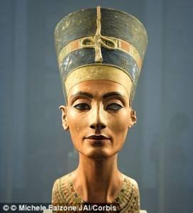 Nefertiti busto