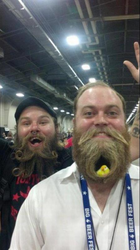 Foto divertenti dal mondo con i personaggi più assurdi 54
