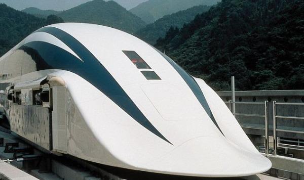 treno metropolitano magnetico-salva-energia-e-entrato-in-servizio-in-cina