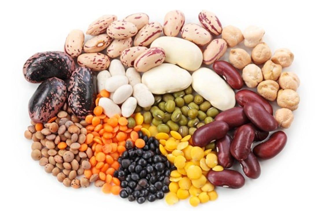 Come avere un intestino sano? Mangia banane, patate, cereali e legumi