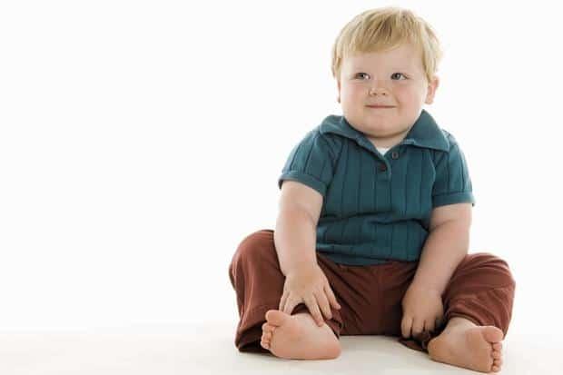 Bambino in sovrappeso, ingrassa di più se considerato grasso