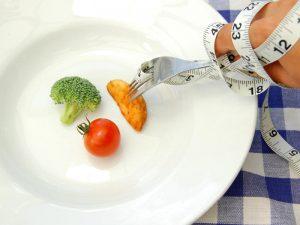 Dieta quasi digiuno per cinque giorni al mese