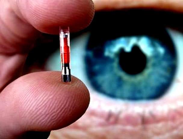 Innesto Microchip per i dipendenti USA. Sarà sottopelle tra pollice ed indice