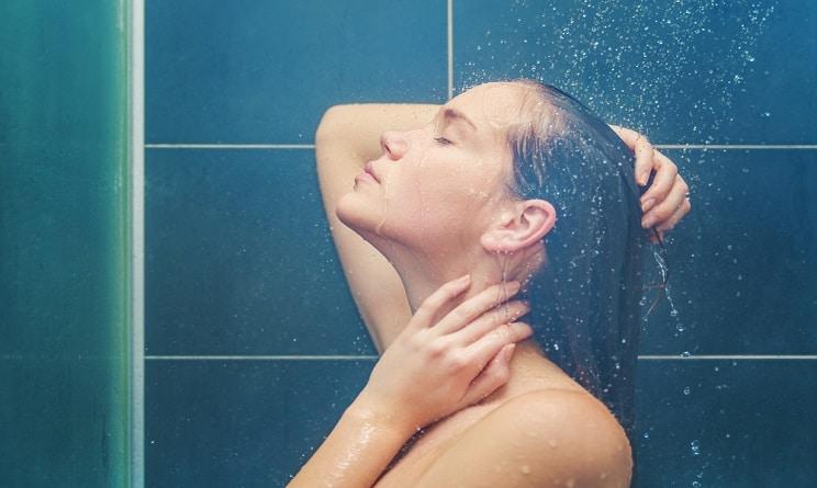 Lavarsi spesso fa male alla pelle? Ecco la cultura ecologista