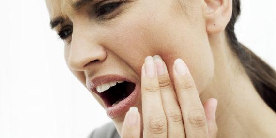 Rimedi per mal di denti atroce